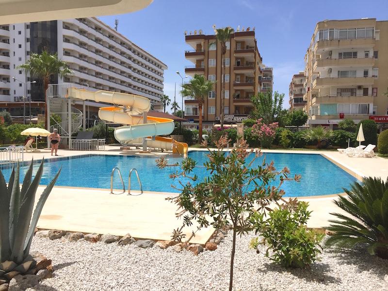 Аренда 2+1 апартаменты в Euro Residence 7 Kurt Safir Saray Alanya Mahmutlar