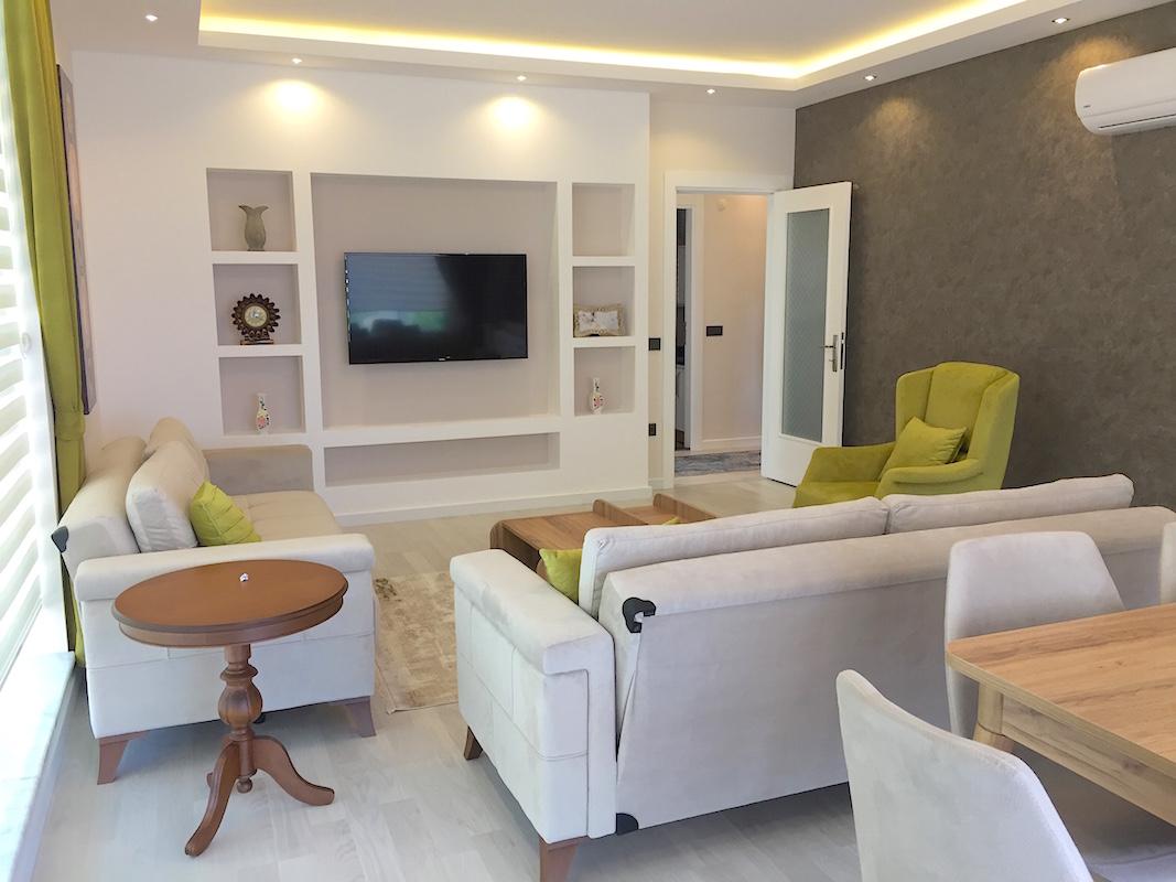 Новые просторные апартаменты 3+1 с видом на море в Махмутларе/Алания